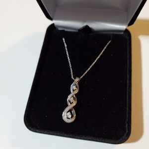 Kay Jewelers diamond and silver necklace